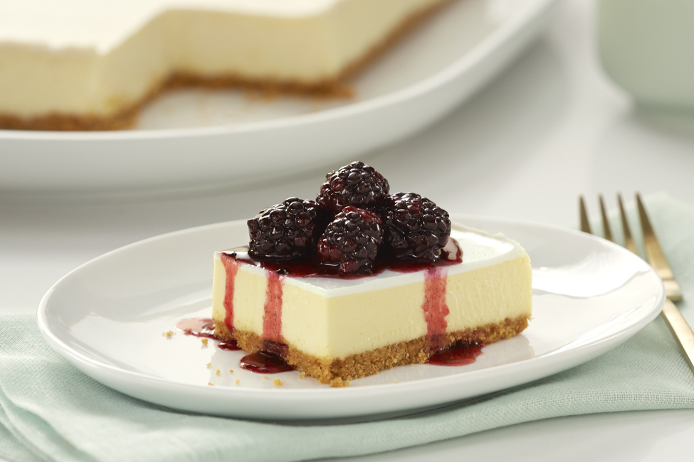 PHILADELPHIA New York-Style Sour Cream-Topped Cheesecake