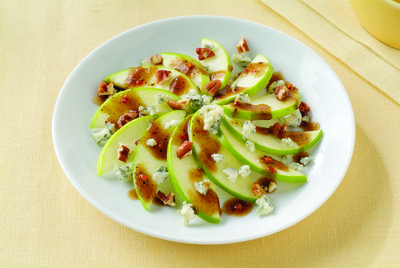Apple, Pecan and Gorgonzola Side Salad
