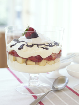 Layered Strawberry Cheesecake Bowl