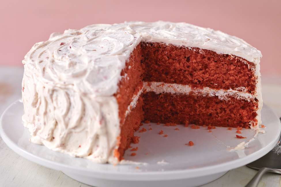 Sweet Strawberry Cake
