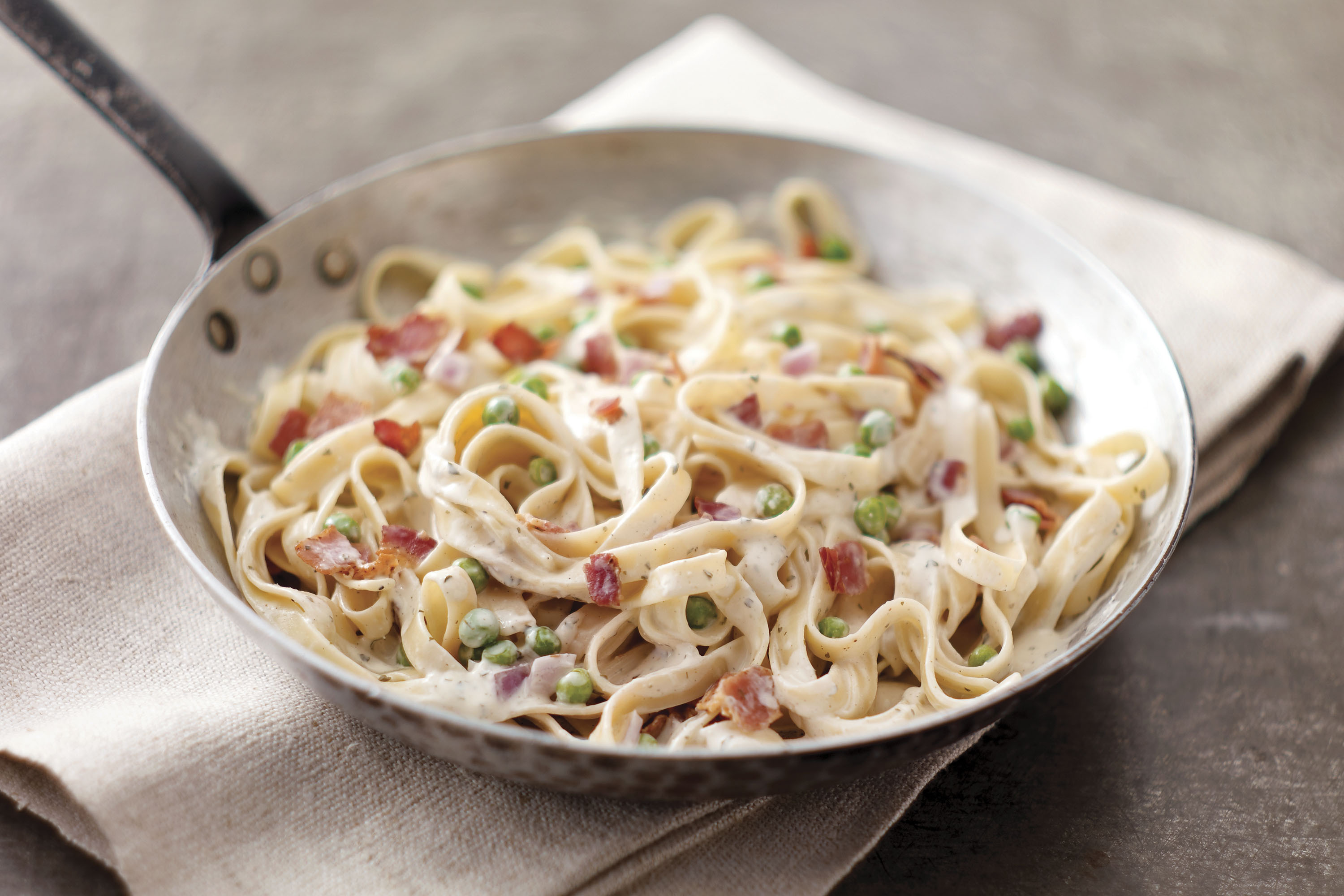 Creamy Bacon Fettuccine Recipe
