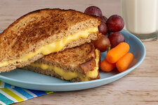 HEALTHY LIVING America's Favorite Grilled Cheese Sandwich