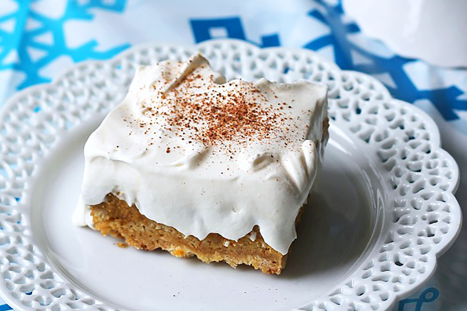 Pumpkin Dumpkin Cake with Cheesecake Pudding Topping