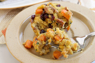 Sweet Potato-Pecan Cornbread Stuffing Cups