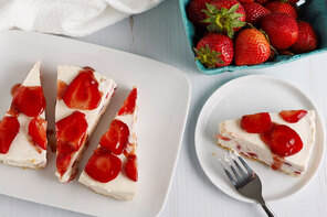 No-Bake Fresh Strawberry Cheesecake