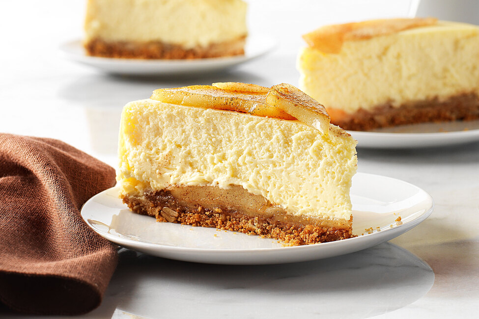 Baked Apple Pie Cheesecake