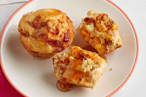 Egg and Bacon Pancake Muffins