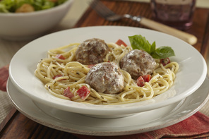 Creamy Pesto Spaghetti with Turkey Meatballs