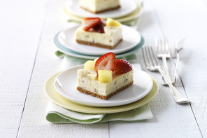 Banana Split-Cheesecake Squares
