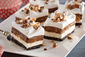 Chocolate Candy Bar Dessert