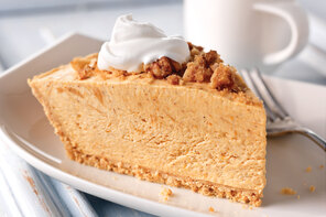 Pumpkin Pie with Streusel Topping
