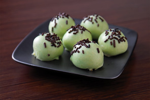 Cool Mint Cookie Balls