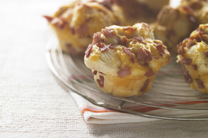 Cheesy Ham Bubble Bakes