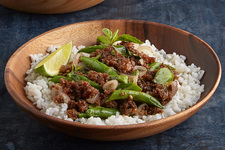 Spicy Thai Basil Pork and Green Beans