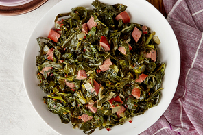 Collard Greens with Sausage and Onions