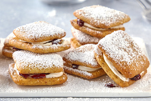 Cream-Filled Cranberry Tea Cakes