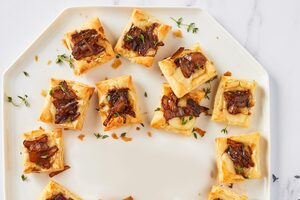 French Onion Puff Pastry Squares