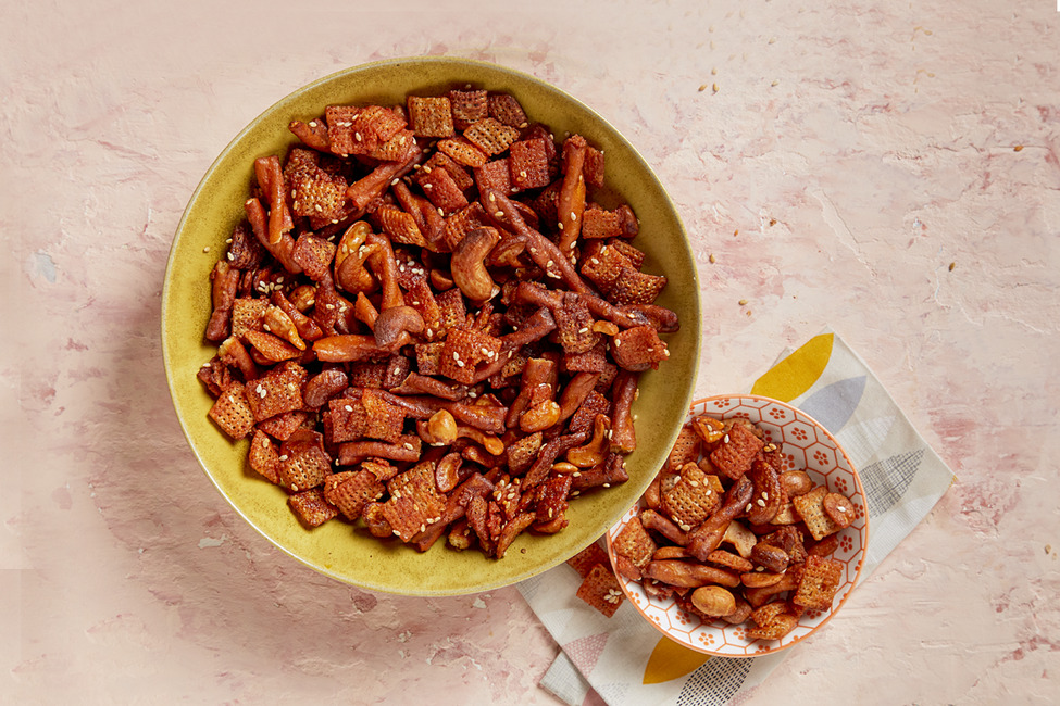 Sweet-and-Spicy Party Mix