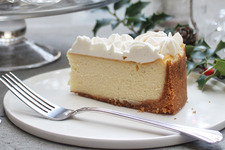Holiday Eggnog Cheesecake