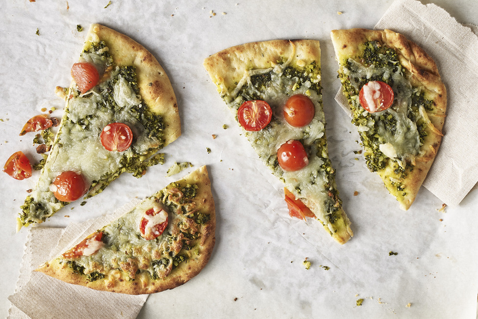 Kale-Pesto Flatbread