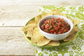Fresh Salsa with Tomatoes