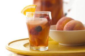 Peachy Iced Tea Sangria