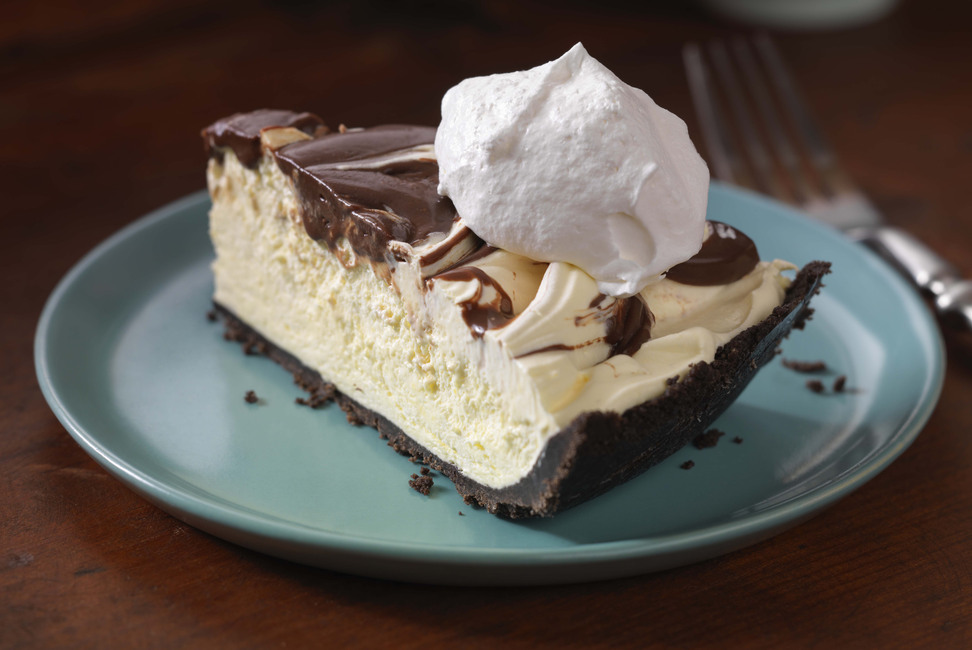 No-Melt Sundae Pie