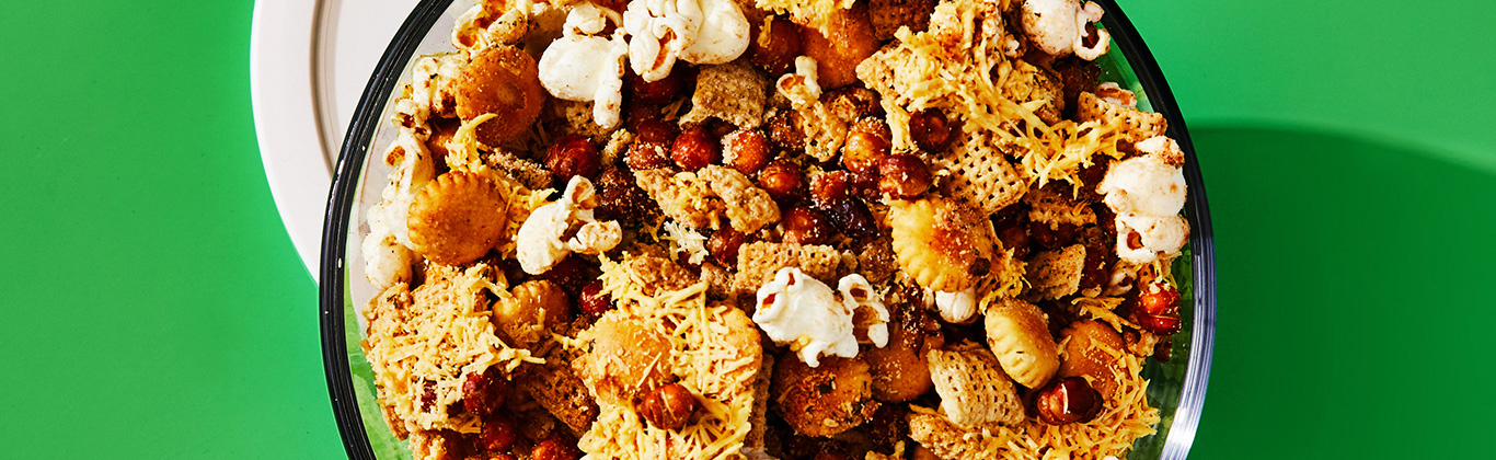 Crispy Chickpea Snack Mix