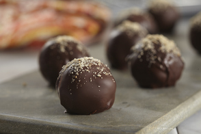 Chocolate-Dipped Peanut Butter Cookie Balls