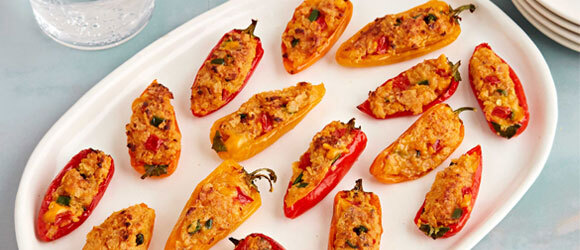 Chili con Queso-Stuffed Mini Peppers