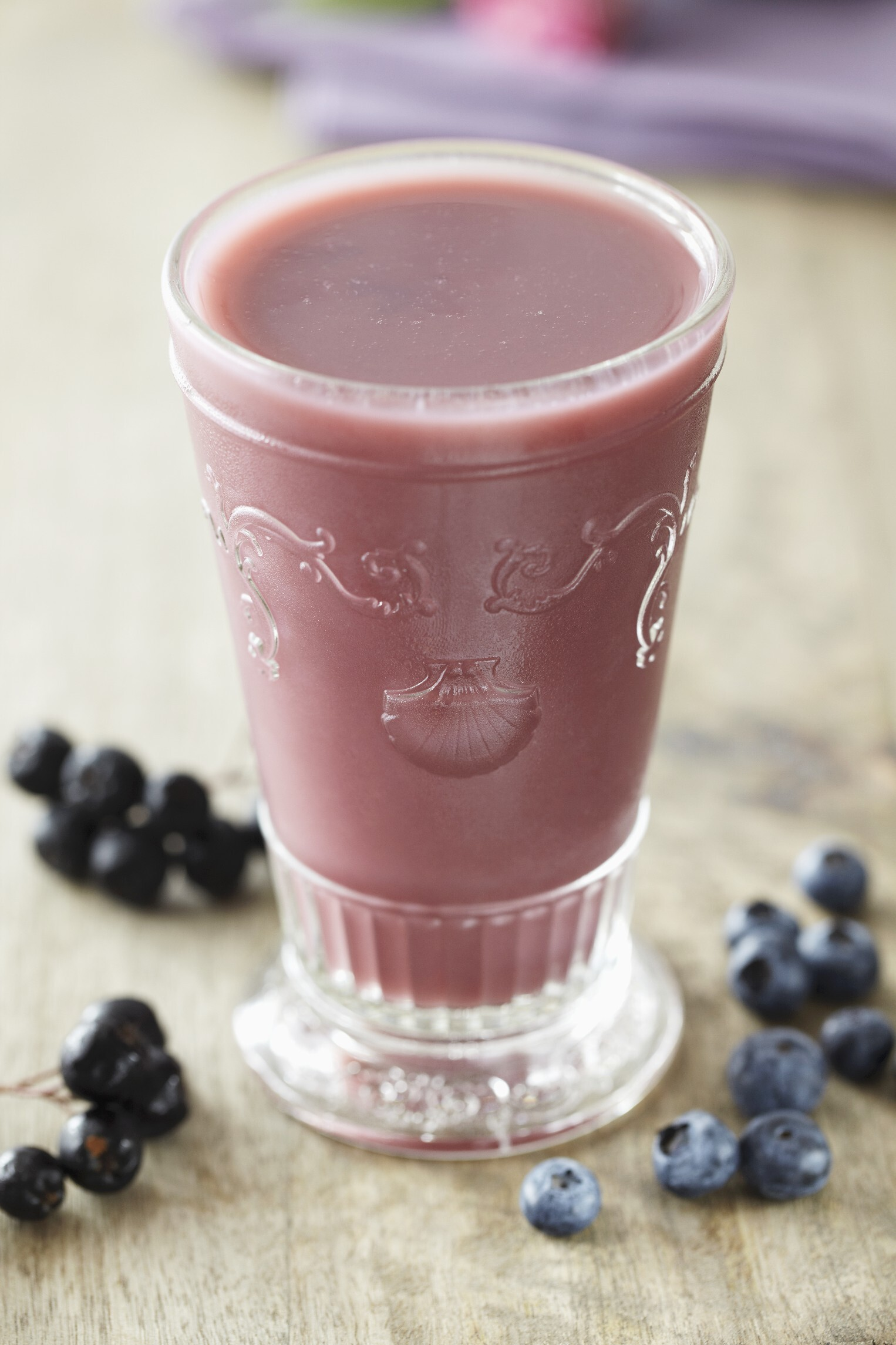 Creamy Blueberry Cheesecake Smoothie