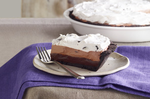 Cookies and Cream Triple Layer Pie