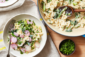 One-Pot Creamy Green Goddess Pasta