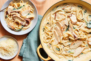One-Pot Creamy Tuscan Chicken Pasta