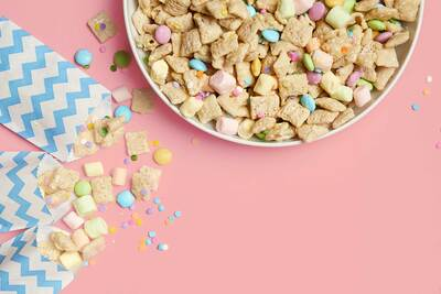 Springtime Puppy Chow Mix test